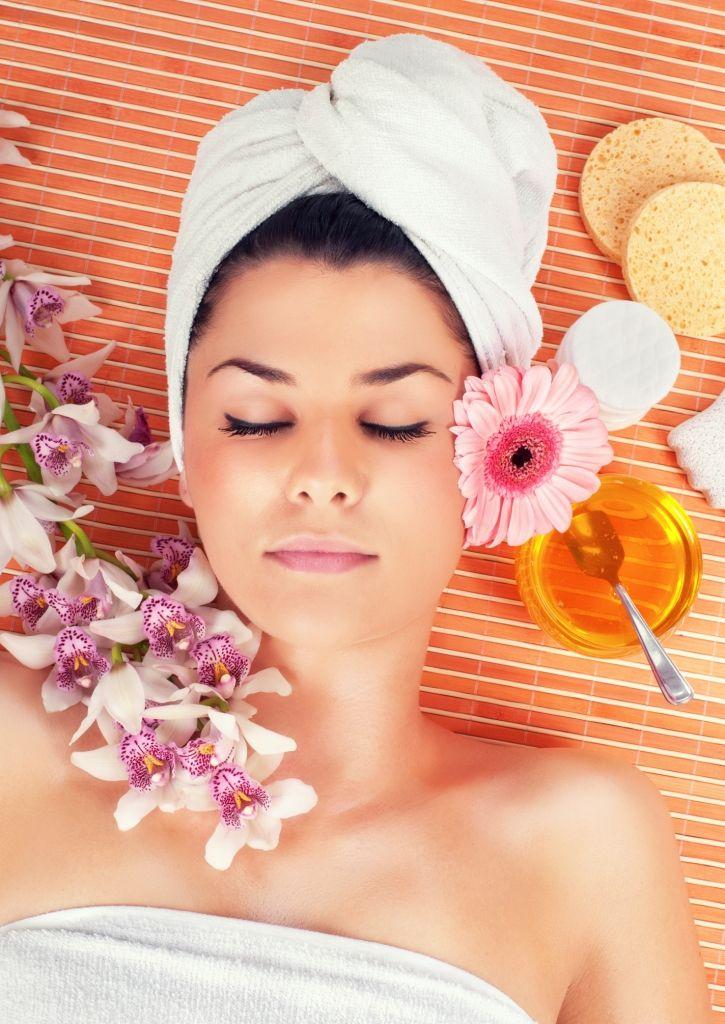 Медовый массаж лица в домашних условиях: просто и эффективно