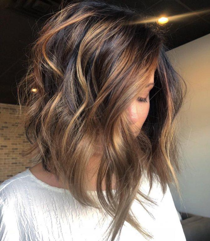Мелирование на темные волосы – отличная альтернатива окрашиванию