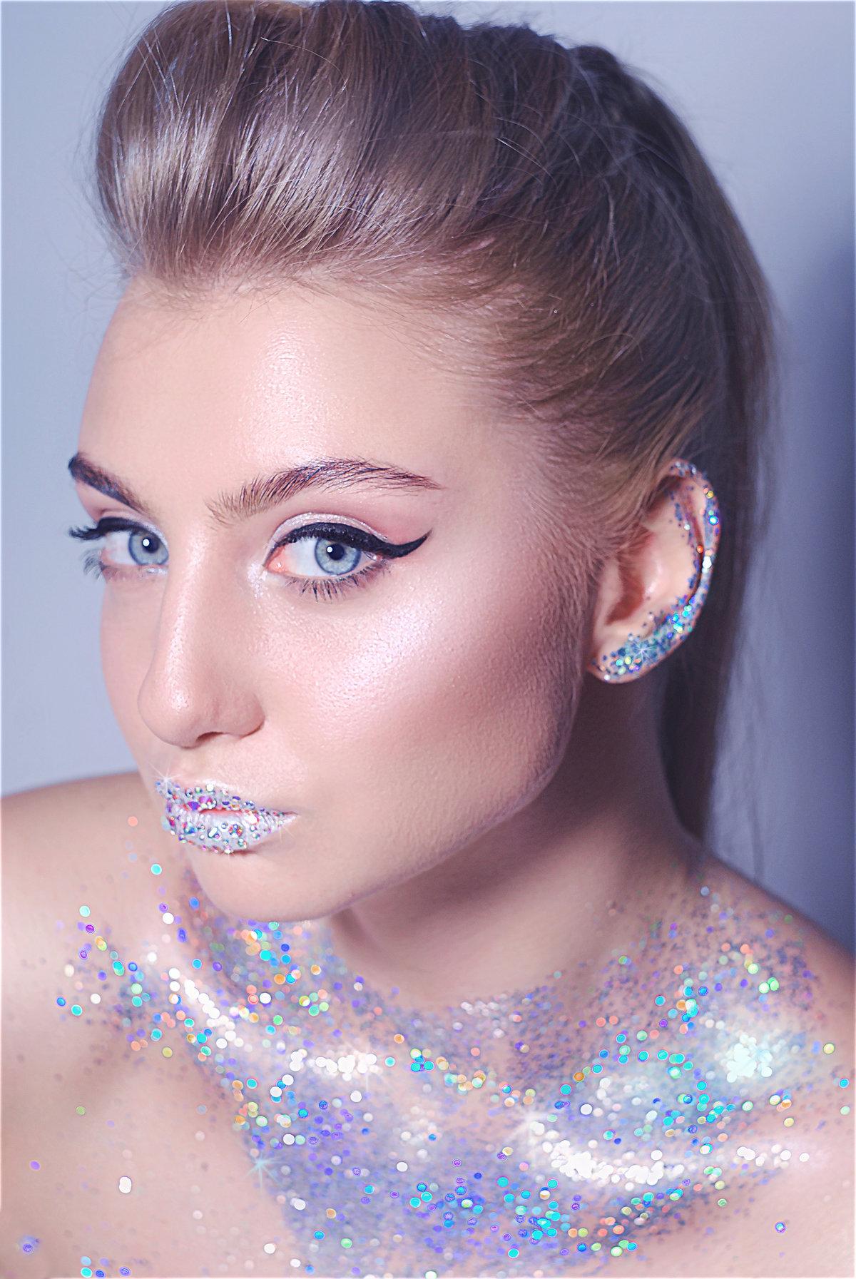 Самый красивый новогодний макияж 2021 – последние тренды, тенденции и идеи макияжа на новый год