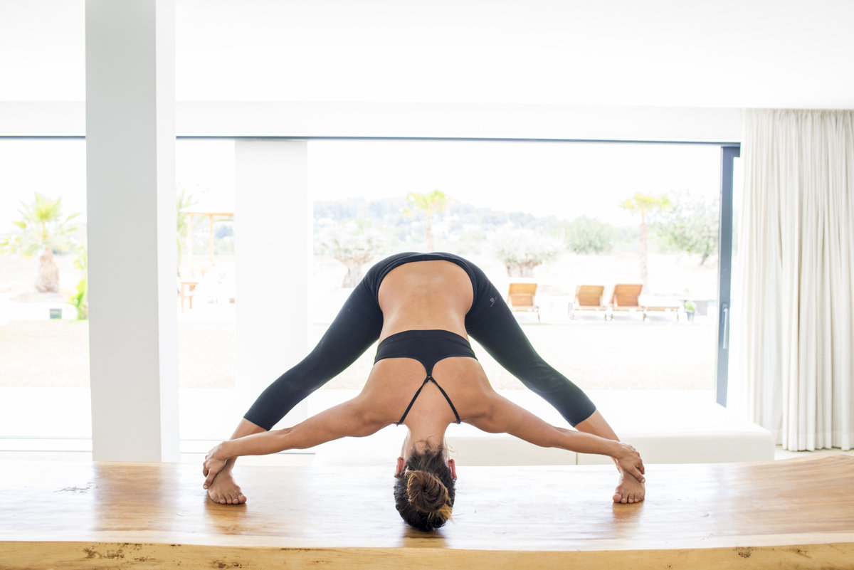 Йога для начинающих – видео уроки