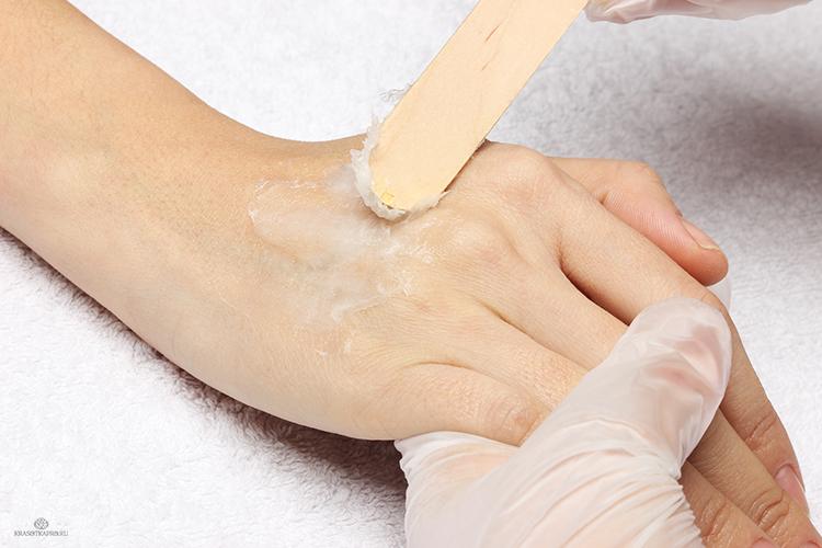 Парафинотерапия для рук: пошаговая инструкция. как часто делать парафинотерапию для рук? польза и противопоказания парафинотерапии для рук