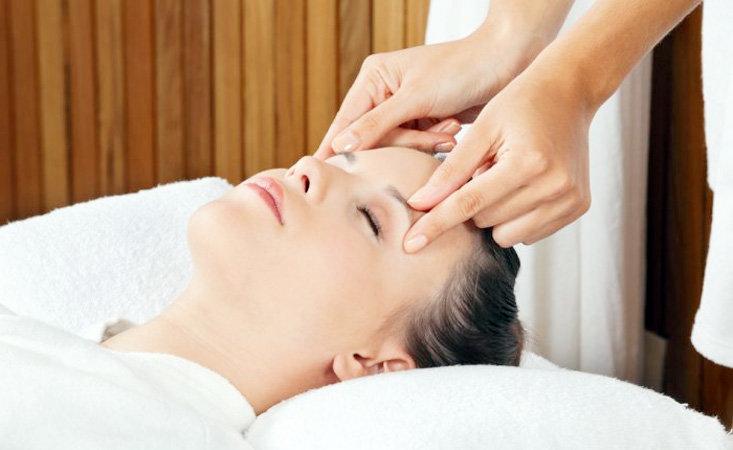 Как правильно делать массаж спины и шеи. видео