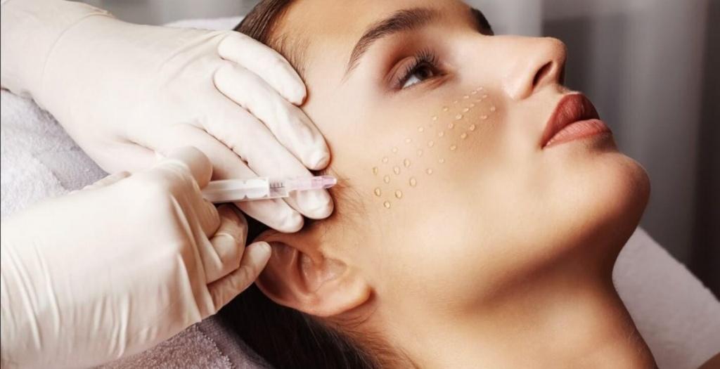 Омоложение лица без операции — методики и последствия