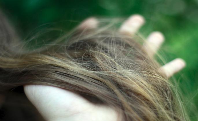 Сонник выпадение волос у знакомой. к чему снится выпадение волос у знакомой видеть во сне - сонник дома солнца