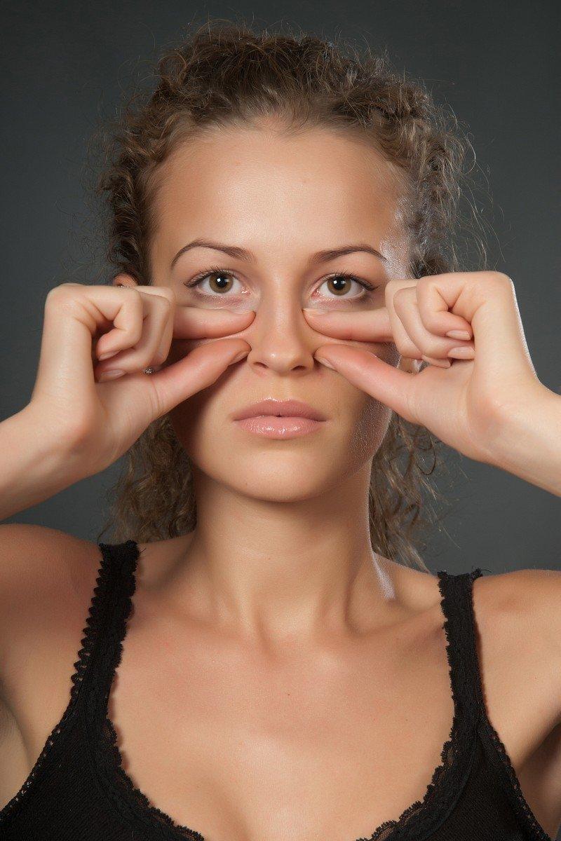 Омоложение лица и шеи в домашних условиях с помощью ревитоники: техника и основные упражнения