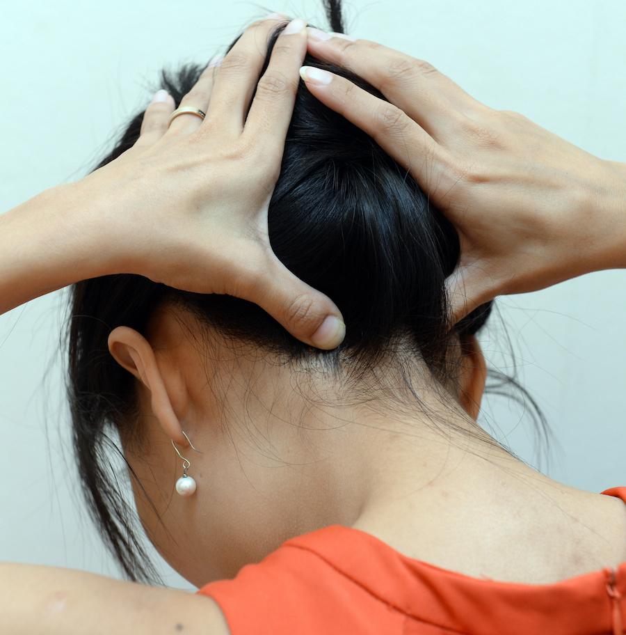 Массаж при остеохондрозе шейного отдела позвоночника (как делать)