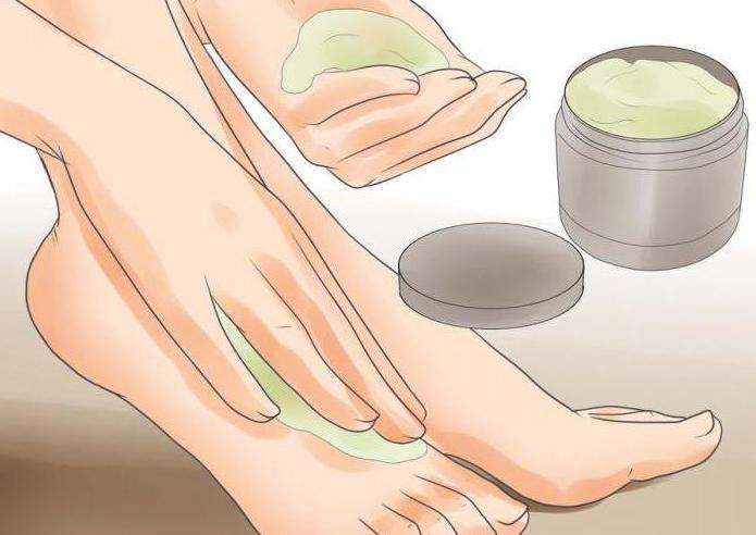Как избавиться от сухой мозоли на мизинце ноги: причины появления, лечение в домашних условиях