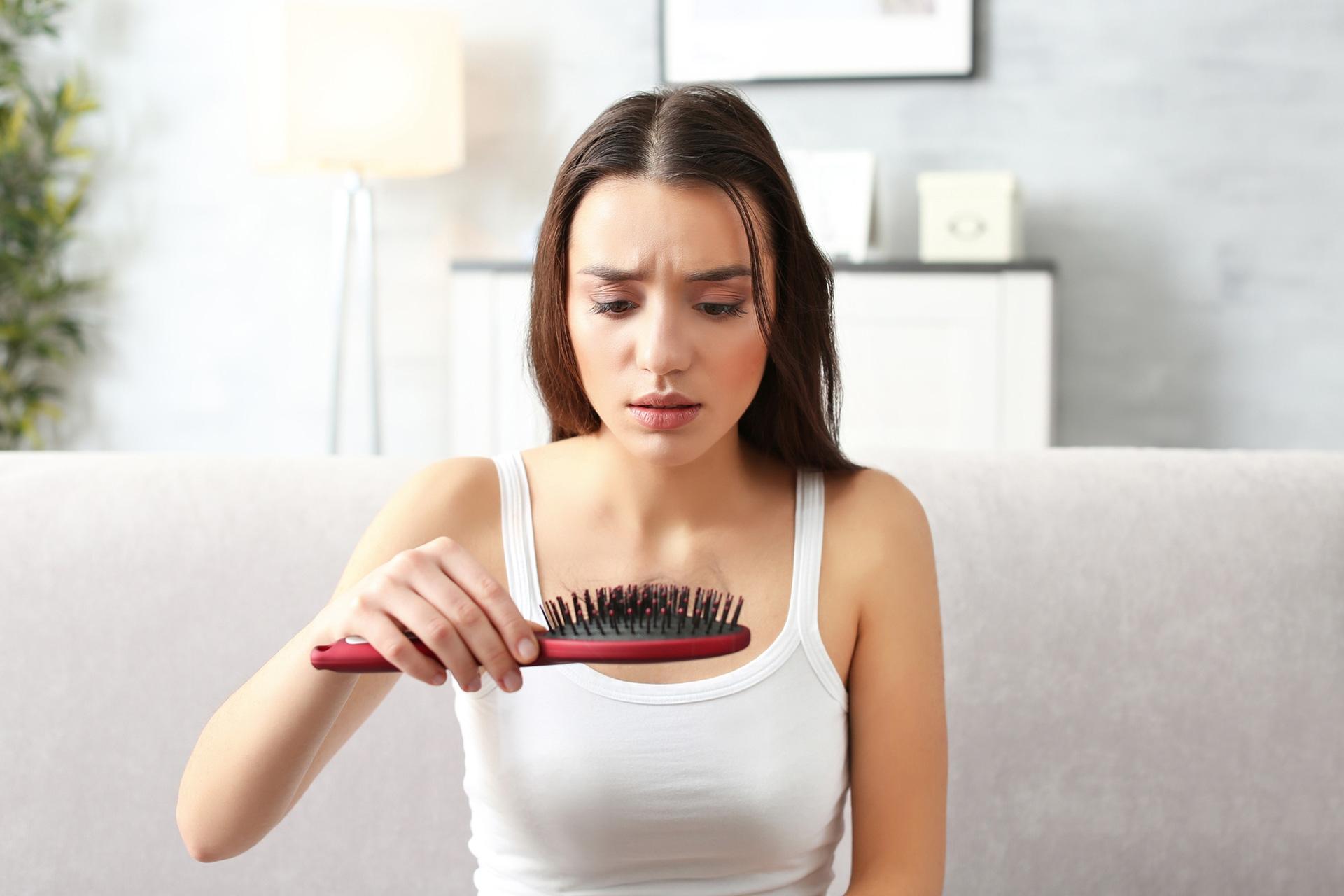 Какая норма выпадения волос в день у женщин?