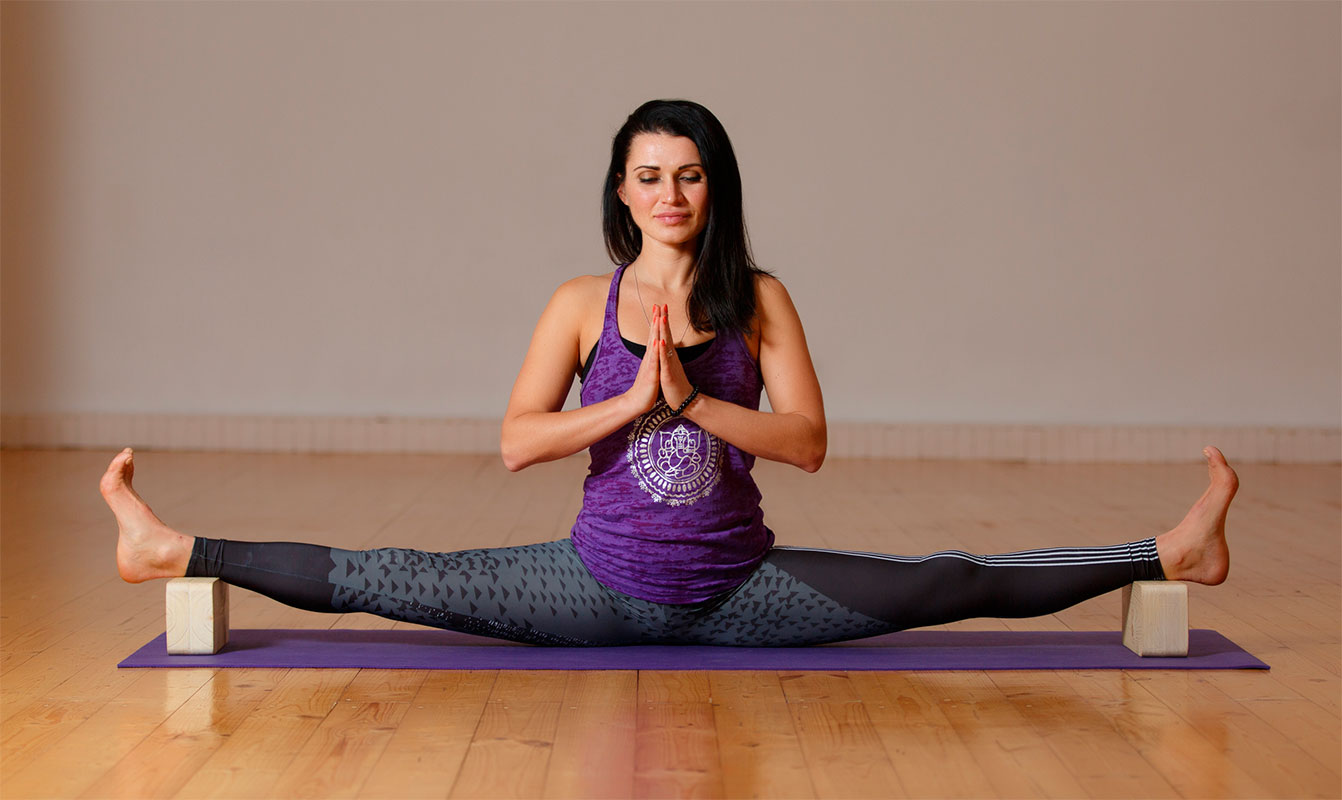 Начните заниматься йогой в домашних условиях с этими простыми упражнениями