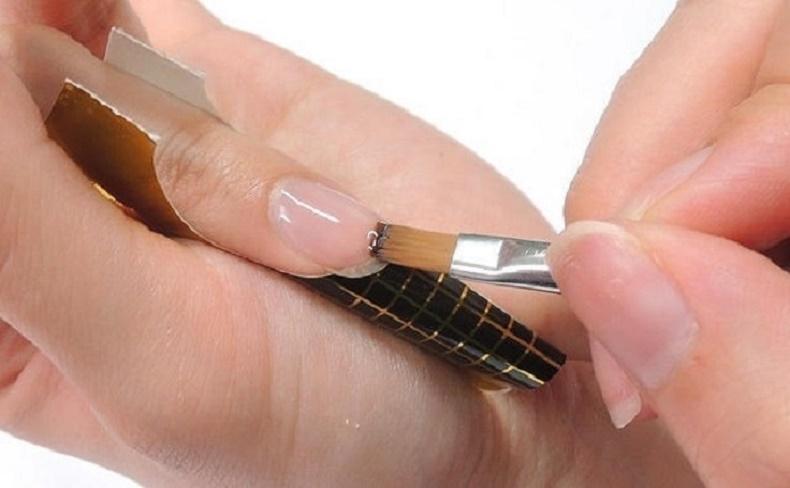 Наращивание ногтей гелем, гель лаком, на формах, без геля и акрила самой себе в домашних условиях. уроки для новичков