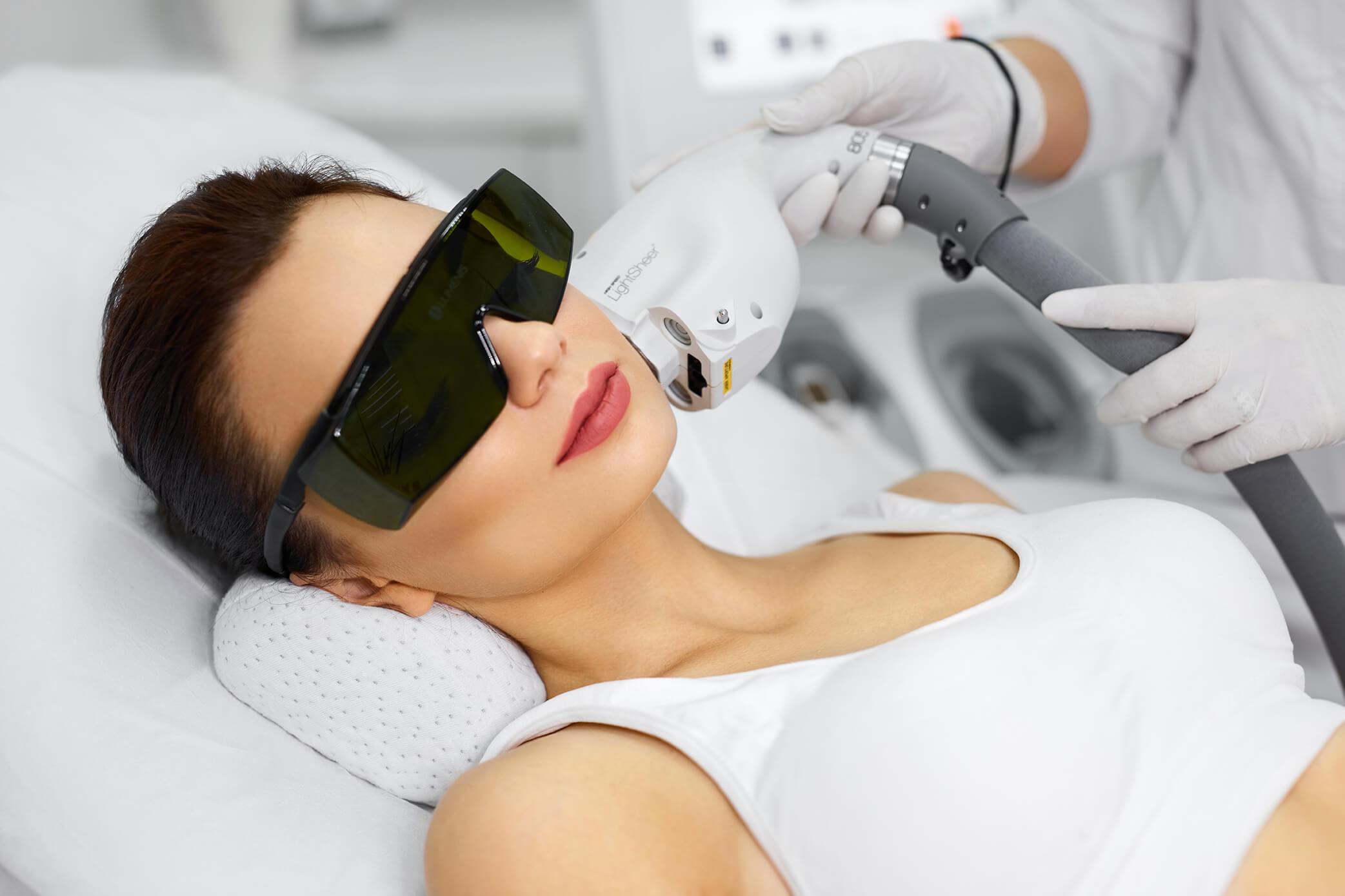 Лазерная эпиляция лица: удаление волос на лице лазером навсегда