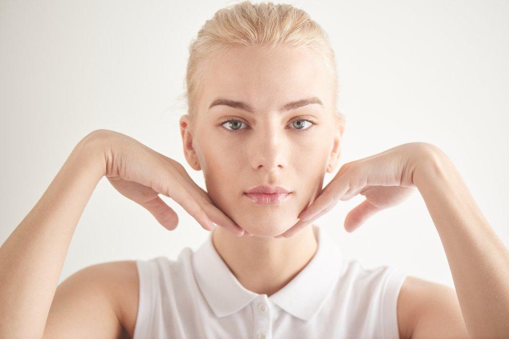 Фейсфитнес для подтяжки кожи: что это такое, как делать