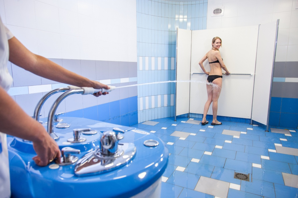 Процедура душ шарко - польза, показания и противопоказания