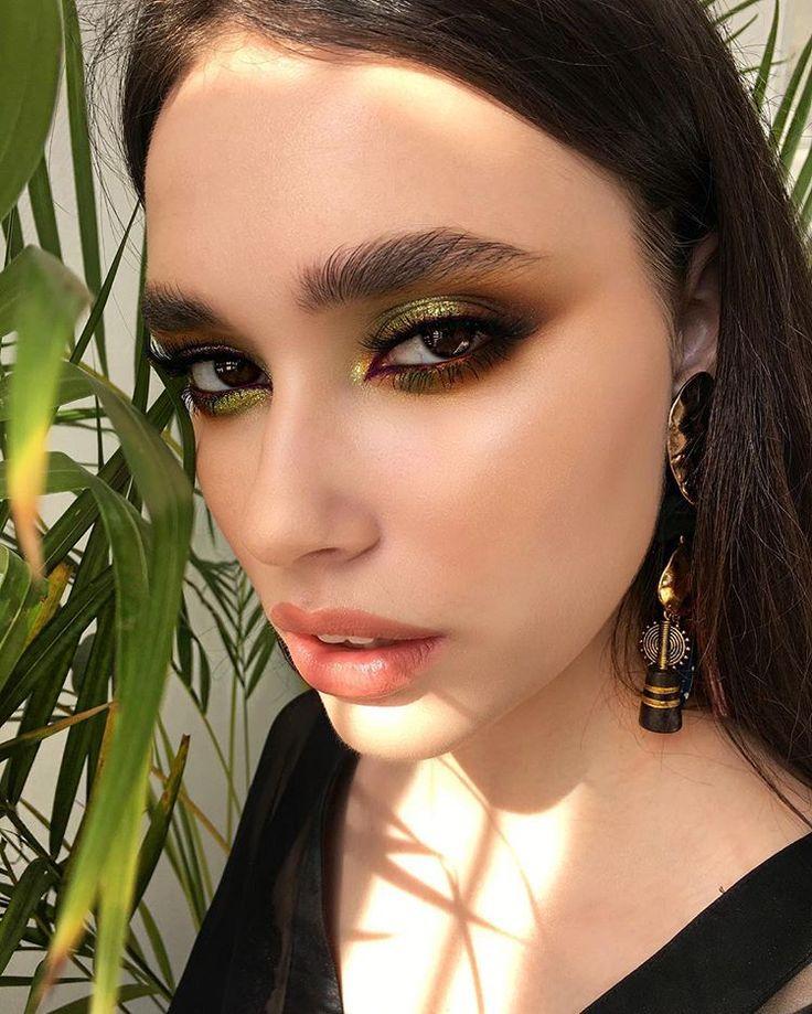 Модный вечерний макияж 2020