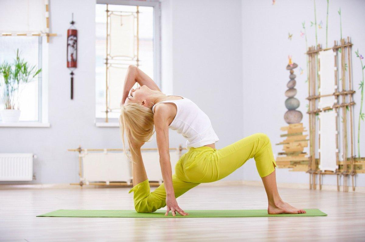 Лучшие упражнения перед йогой для разминки и разогрева мышц: советы и видео для практики