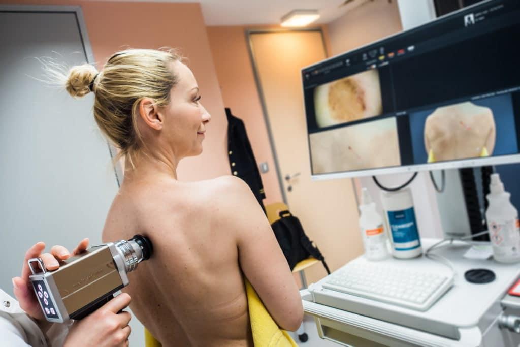 Дерматоскопия в москве: сделать диагностическую дерматоскопию родинок в клинике семейный доктор