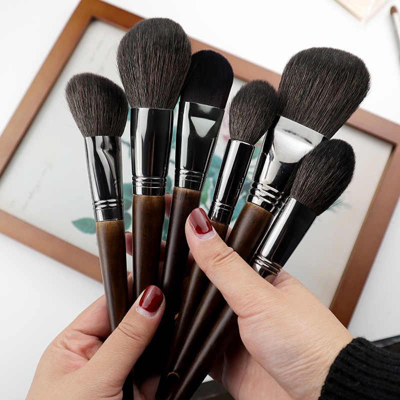 Из какого ворса лучше кисти для макияжа: практические советы
