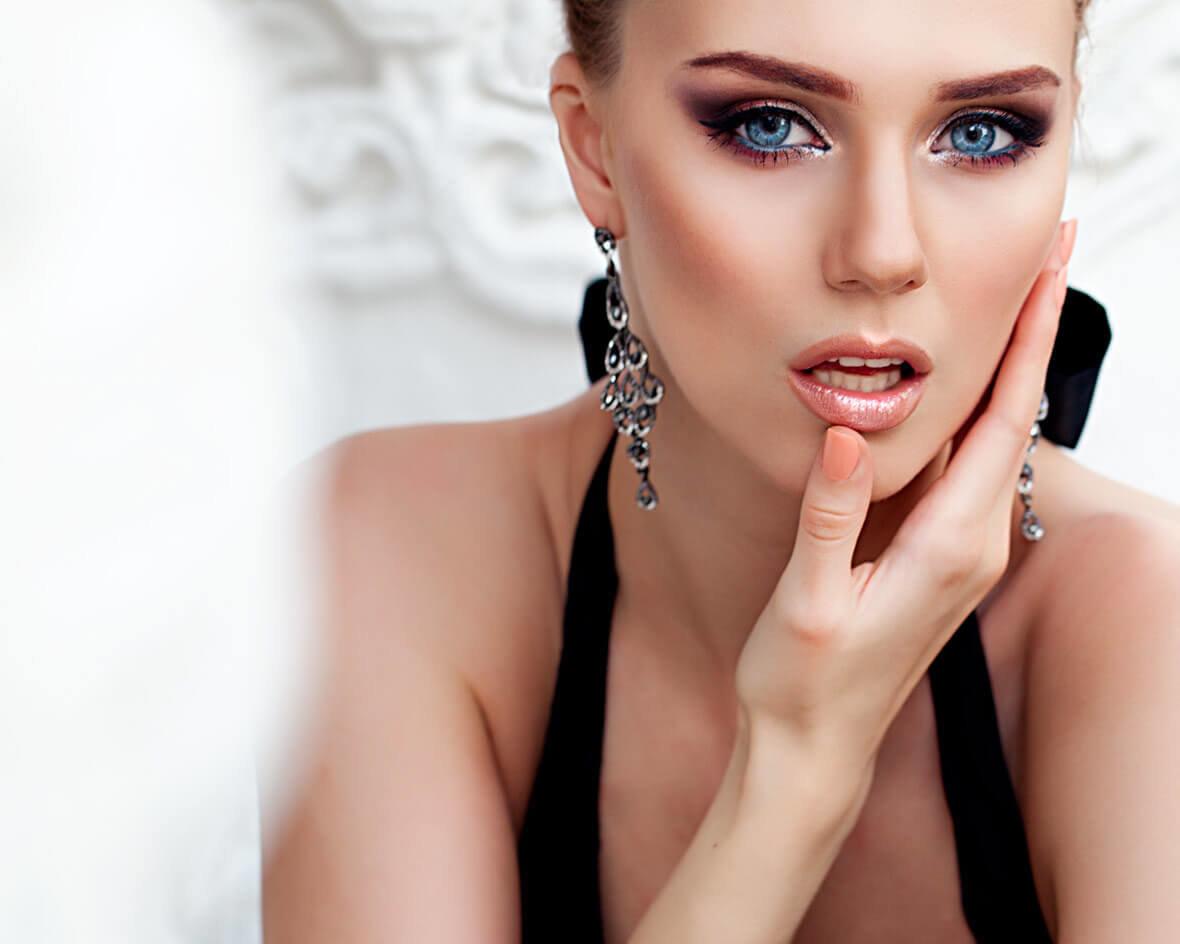 Красивый макияж на новый год 2020: пошаговое фото