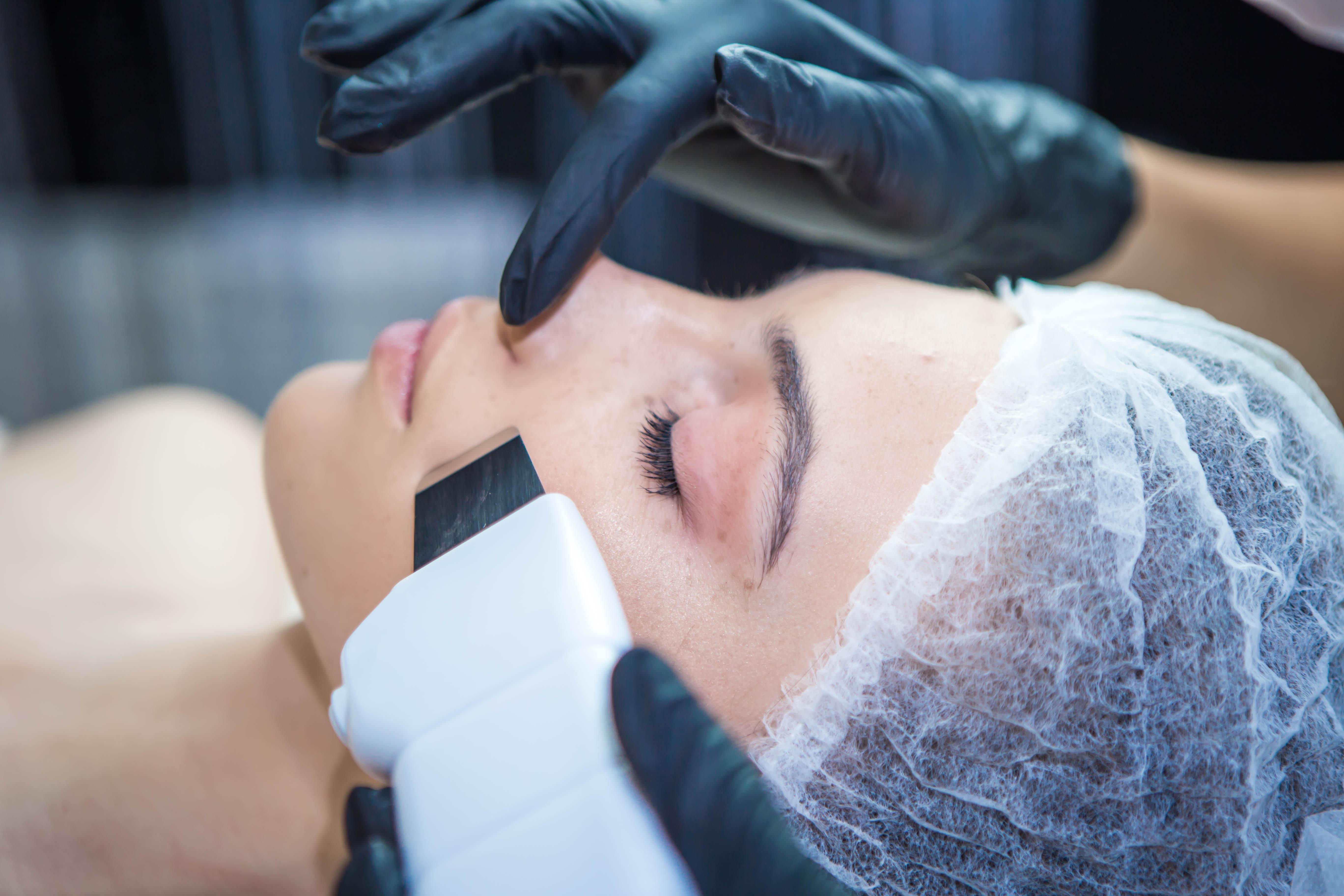 Ультразвуковая чистка лица — высокая эффективность без вреда для кожи, отзывы о процедуре